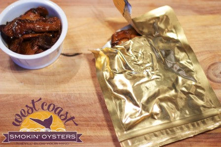 Logo Oysters and Pouch
